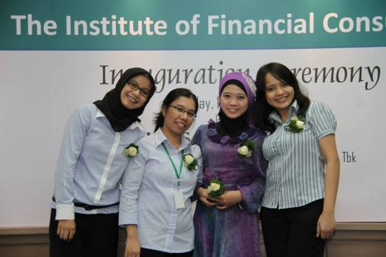 My team at Truscel Capital Office ^^